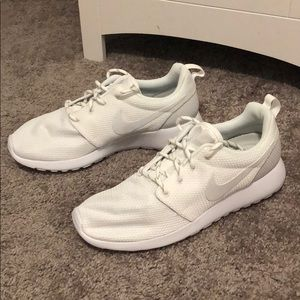 Women's Nike Roshe One - White